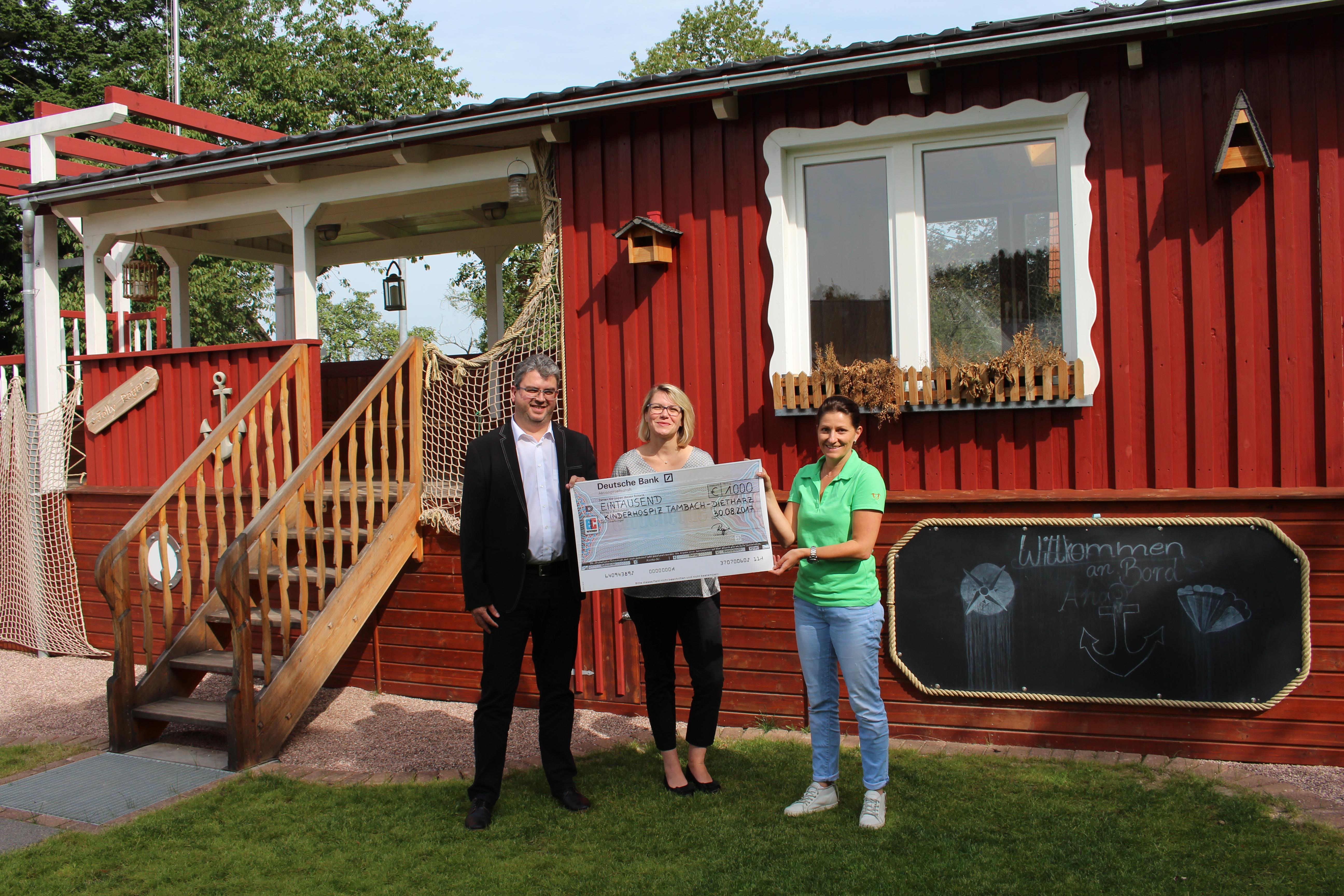 Spende für das Kinderhospiz in Tambach-Dietharz
